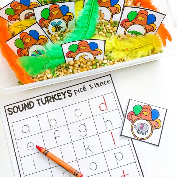 thanksgiving literacy center ideas