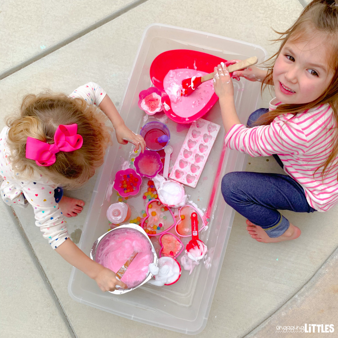 kids valentine sensory play